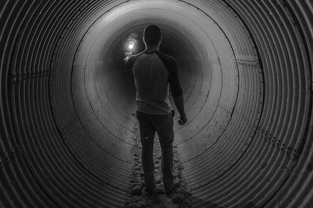 flashlight tunnel